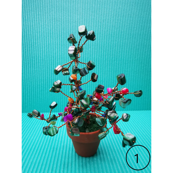 Decorative tree. Bonzai tree with mother-of-pearl chips, amethyst, enameled copper wire, 5 cm terracotta pots. Pot height by 15 cm. (mixed chips)