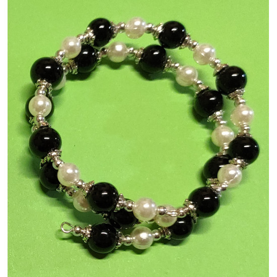 Bracelet with toho beads, black and white acrylic pearls, silver beads, Tibetan silver caps.