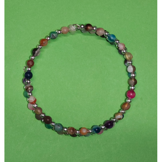 Gemstones. Matte agate bracelet. The bracelets are made by hand on memory wire.