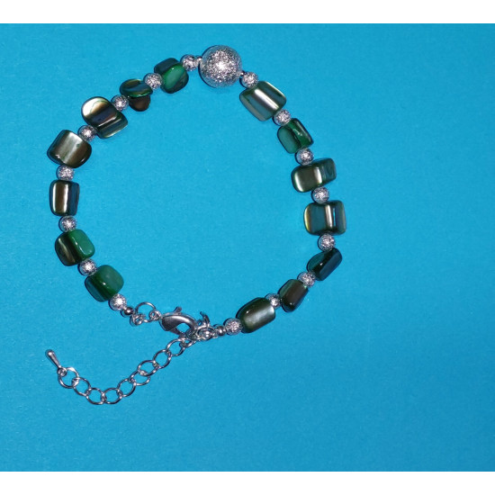 Bracelet 19cm + 5cm silver-plated extension chain, made of silicone wire, silver-plated metal chain, mother-of-pearl chips,