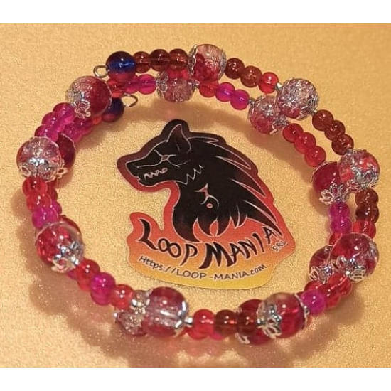 Pink-white crackle glass bead bracelet silver beads silver-plated caps. The bracelets are made by hand on memory wire.