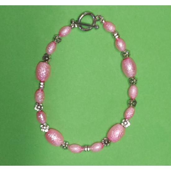 Bracelet about 21 cm. Glass beads,