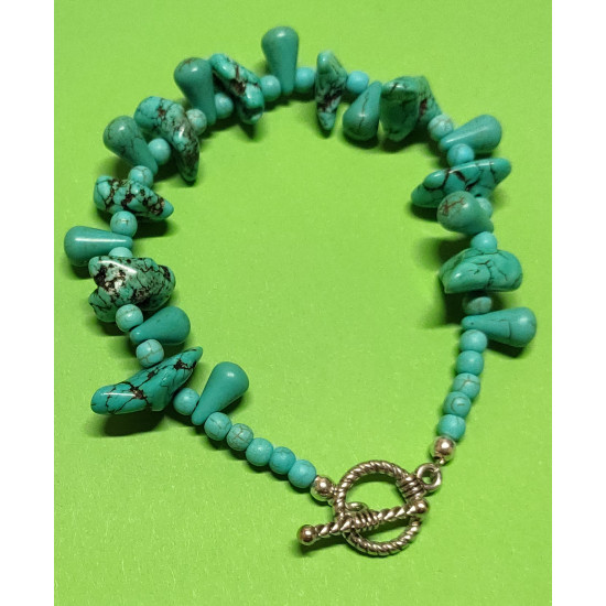 Bracelet about 21.5 cm howlit chips 8 * 20mm (large) natural, synthetic turquoise beads