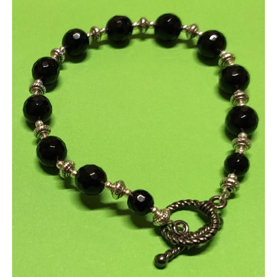 Handmade bracelet on silicone wire with black onyx