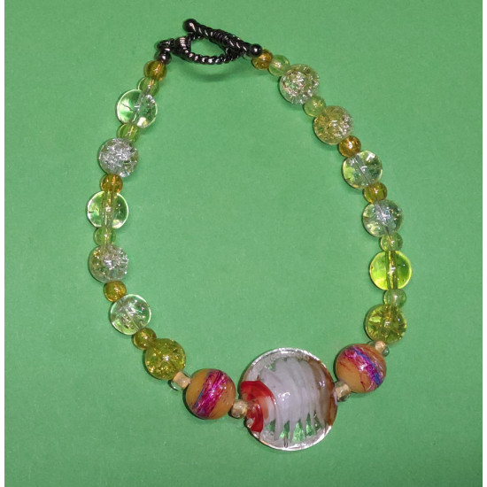 Bracelet about 22 cm Yellow glass beads.