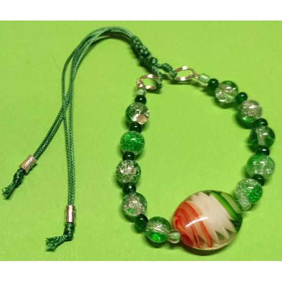 Bracelet about 19-22 cm Dark green glass beads.
