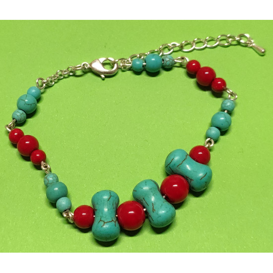 Bracelet about 18 cm + 5 cm extension chain, with synthetic turquoise beads