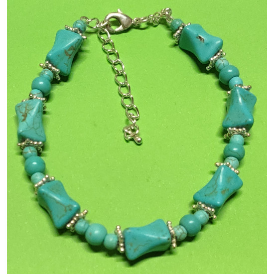 Bracelet about 21 cm + 5 cm extension chain, with synthetic turquoise beads