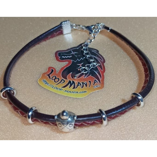 Bracelet leather bracelet with metal beads. Made of natural leather 1 thread and braided 1 thread with Tibetan silver bead and silver plated links. Universal size with silver lobster clasps and 5 cm silver plated extension.
