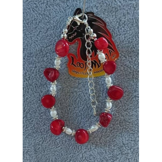Bracelet with semiprecious chips and natural pearls (culture). Made of silicone wire with silver-plated accessories, BRT319-1 coral uneven 15.9 cm + 5 cm silver-plated extension cord, BRT319-2 peridot chips 17.1 cm + 5 cm silver-plated extension cord, BRT