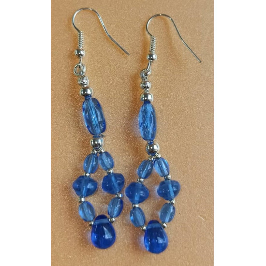 Glass bead earrings with spacers and silver plated cakes. CER031-1 = 5, CER031-2 = 6.5 cm, CER031-3 = 4 cm, CER031-4 = 4 cm, CER031-5 = 4 cm