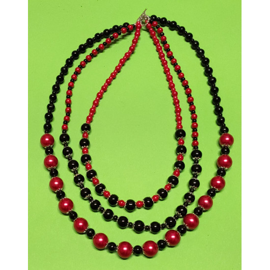 3-string necklace (about 70 cm) with red and black glass beads, patinated silver bead caps, silver metal beads