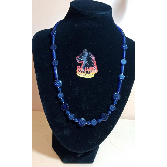 Czech glass necklaces. Made of silicone wire from Czech glass beads of different shapes with silver accessories, lobster clasps and 5 cm extension. Model size 1 = 53.3, model 2 = 50.5, model 3 = 48.3, model 4 = 50.8, model 5 = 44.8.
