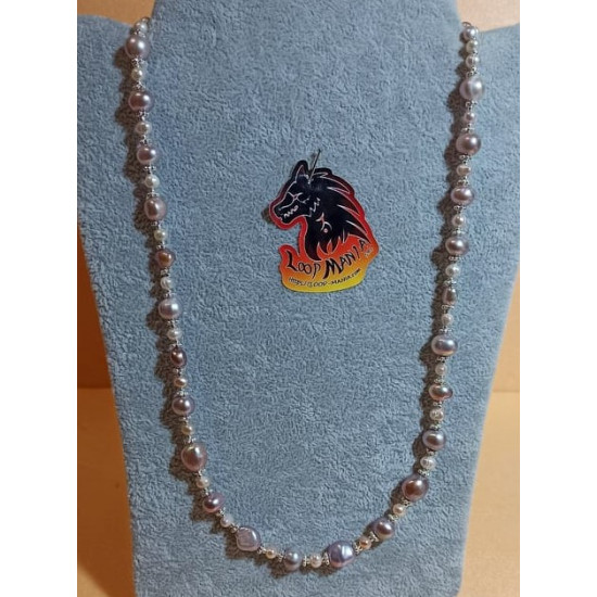 Necklace made of natural cultured pearls with spacers and silver-plated beads. Made of silicone wire with lobster and 5 cm silver-plated extension.   COL094-1 = 58.4 cm +5 cm,   COL094-2 = 53.3 cm +5 cm,   COL094-3 = 58.4 cm +5 cm,   COL094-4 = 58.4 cm +5