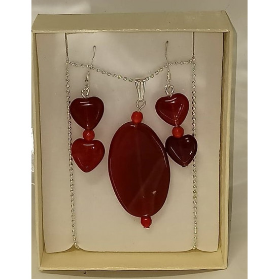 Chain 45 cm and earrings. Made with red agate and silver plated accessories.