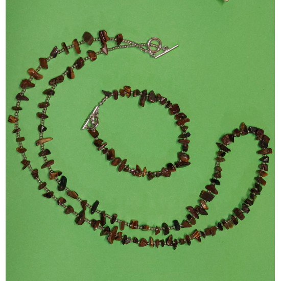 Set: necklace - bracelet. Necklace about 65 cm. from brown tiger eye chips with silver toggle clasps.