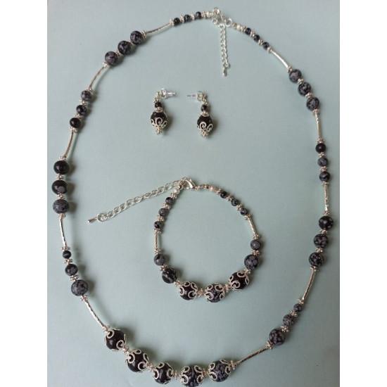 NECKLACE-EARRINGS-BRACELET SET Jewelry set made of semi-precious stones obsidian snowflake.